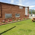 Toad River Lodge & Restaurant